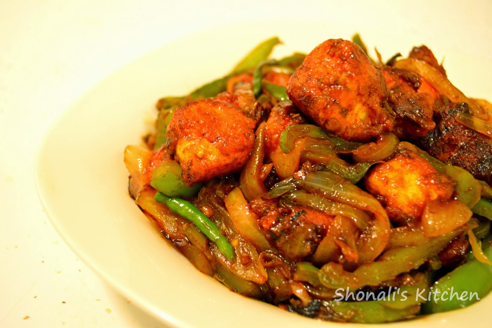Dry Chili Chicken (indo-chinese style)